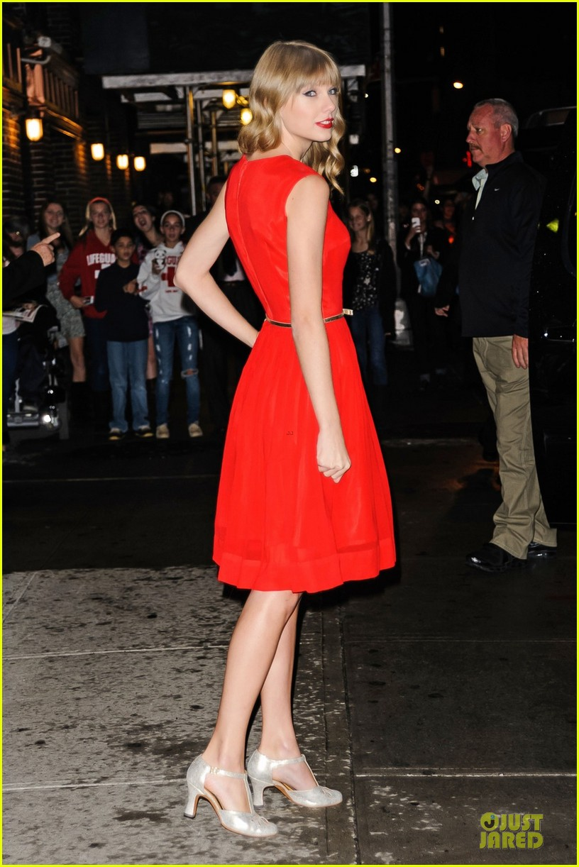 """Taylor Swift, looking ravishing in a red dress, departs """"The Late Show with David Letterman"""" in New York City"""