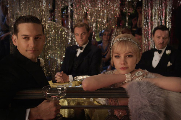 New-images-of-Carey-Mulligan-and-Leonardo-DiCaprio-in-_The-Great-Gatsby_
