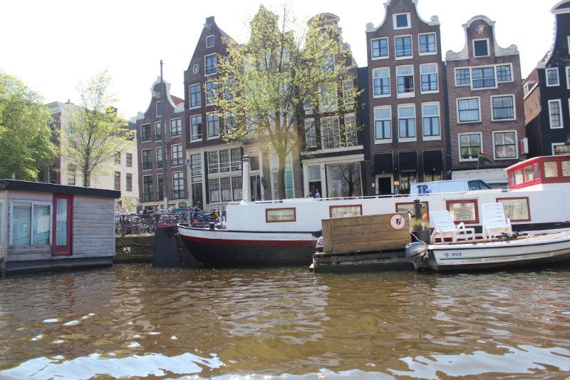 holanda amsterdam thais farage 1