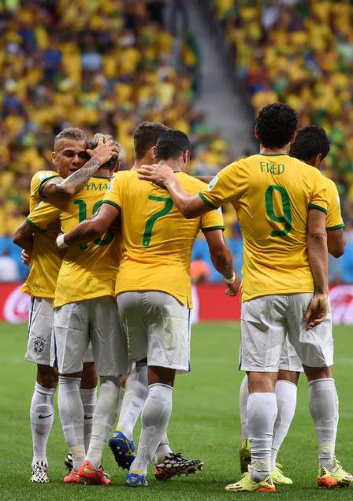 uniforme da seleção brasileira copa 2014