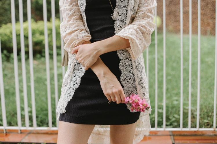 vestido preto + renda