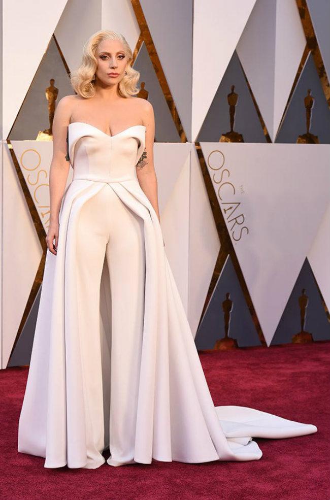 o vestido de lady gaga oscar 2016